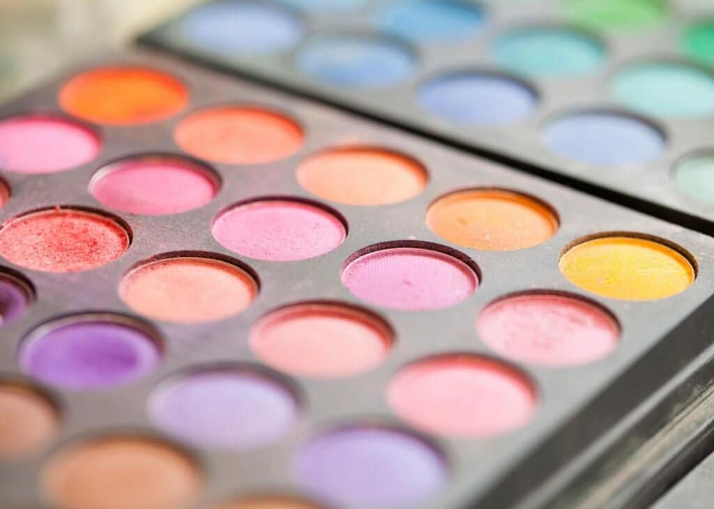 top-10-tips-for-applying-makeup-to-acne-prone-skin
